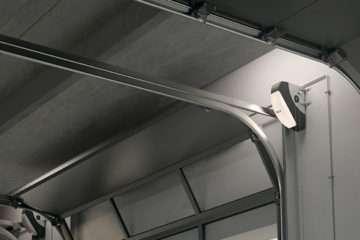 Автоматика для гаражных и промышленных секционных ворот